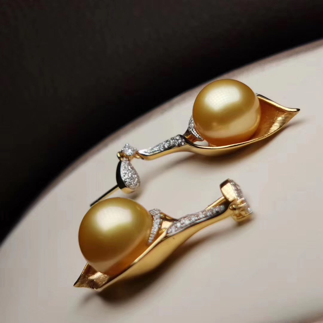 Classic Collection 13.0-14.0 mm Golden South Sea Pearl & Diamond Stud Pendant/Earrings/Sets - takaramonobr