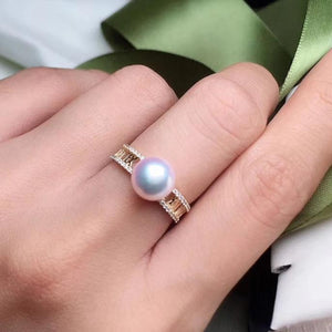 Royalty Collection White Akoya Pearl & Diamond Anniversary Ring in 18K Yellow Gold - takaramonobr