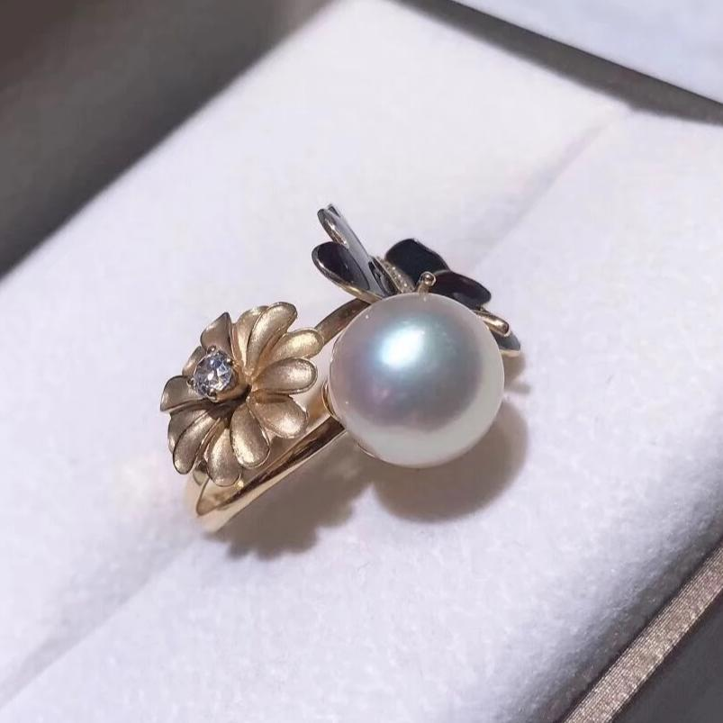 Spring Collection 11.0-12.0 mm White South Sea Pearl & Diamond Ring in 14K Yellow Gold - takaramonobr