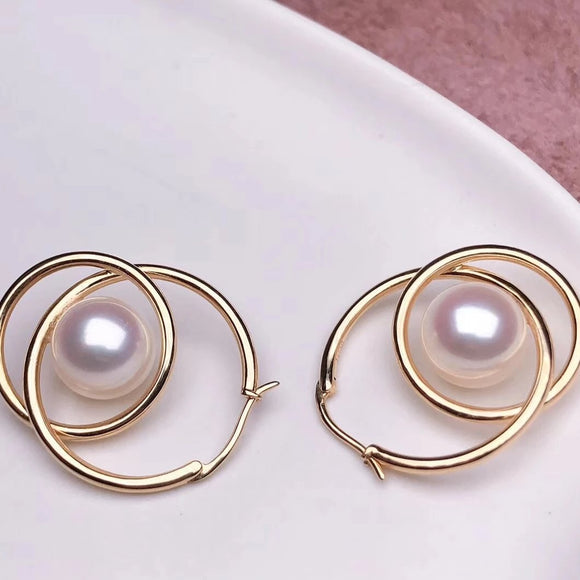 8.0-8.5 mm AAA White Akoya Pearl Drop Earrings Mounted on Solid 18-Karat Yellow Gold - takaramonobr