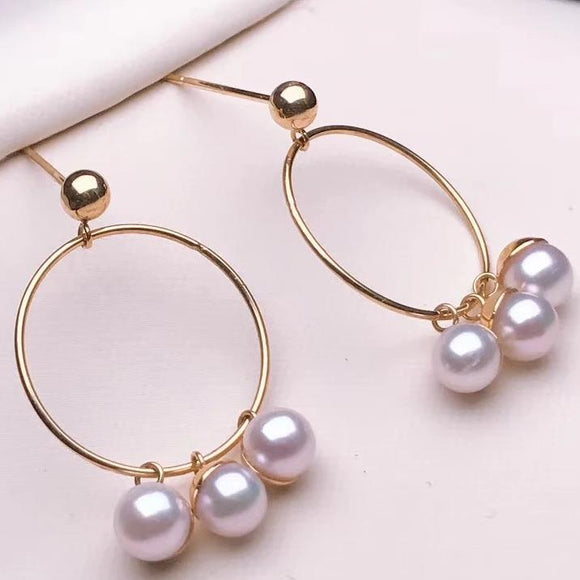 Paw Collection 4.0-5.0 Baby White Akoya Pearl Earrings Mounted on G18K - takaramonobr