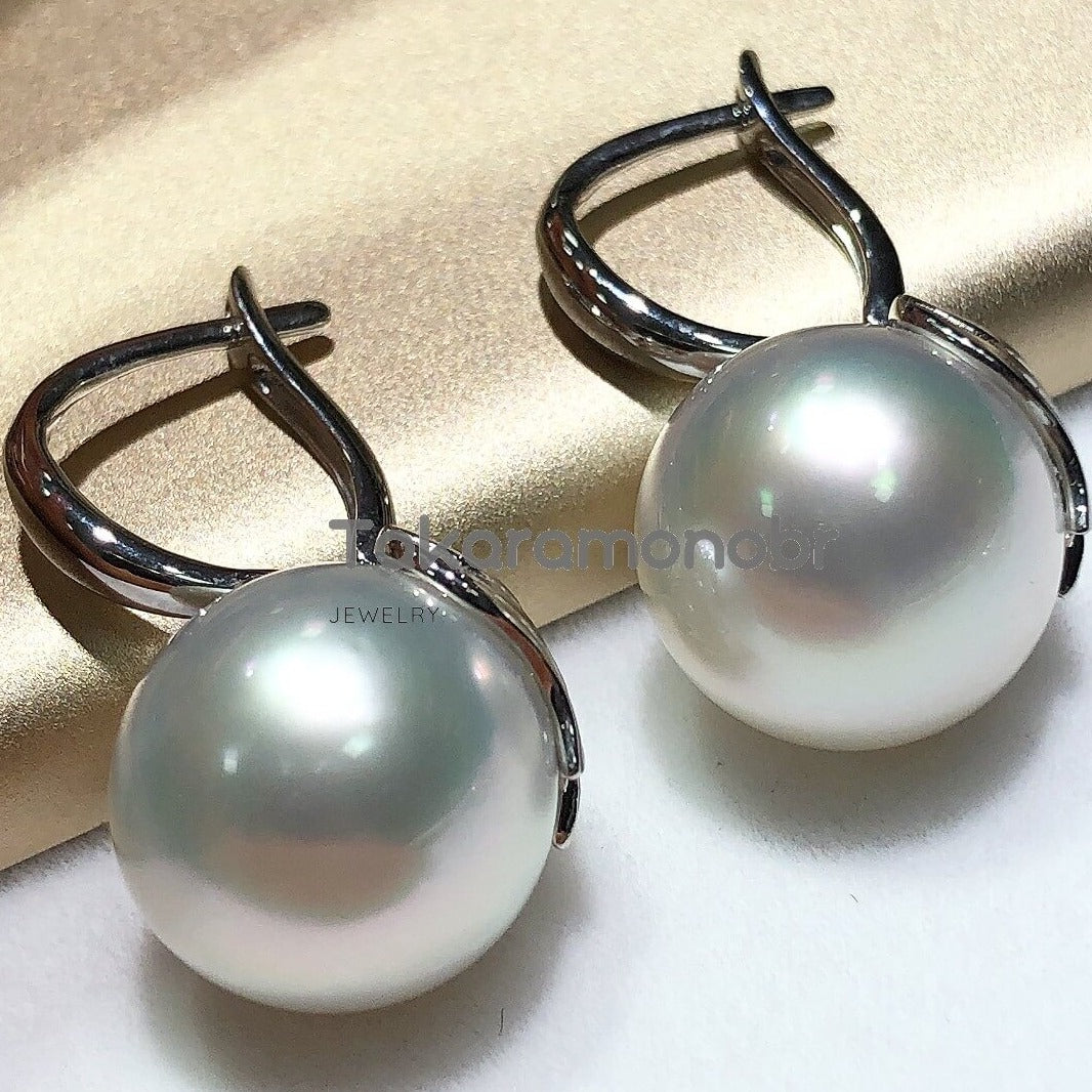 Angel Collection 12.0-13.0 mm White South Sea Pearl Earrings Mounted on Solid 18-Karat Gold - takaramonobr