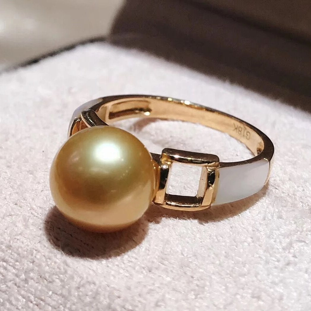 Prim Collection 9.0-10.0 mm Deep Golden South Sea Pearl Ring - takaramonobr