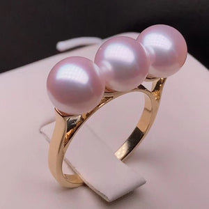 In-line Collection 7.5-8.0 mm Japanese Cultured Akoya Pearl Ring Mounted on 18K Thick Gold - takaramonobr