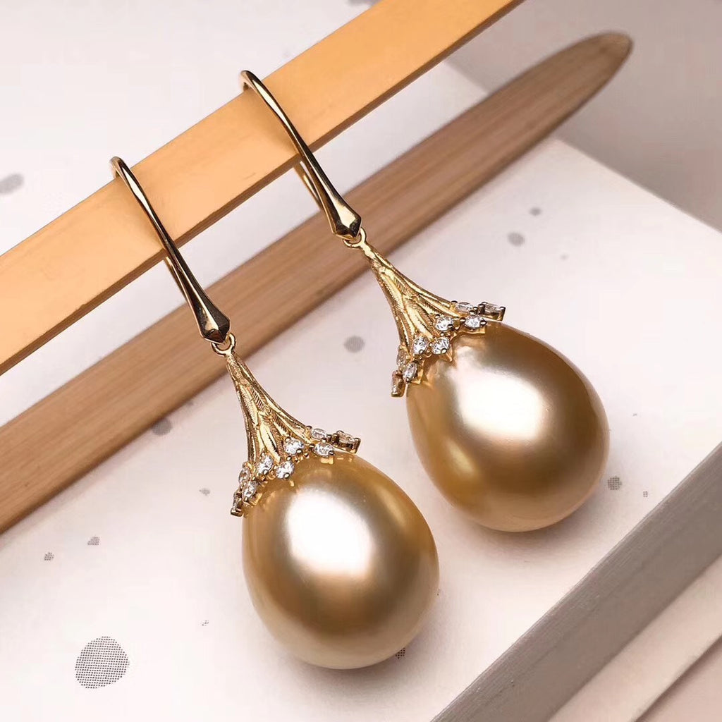 Umbrella Collection 14.0-15.0 mm Golden South Sea Pearl Dangle Earrings - takaramonobr