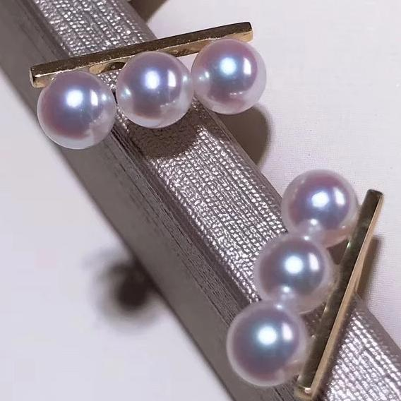 In-line Collection Japanese Cultured Baby Akoya Pearl Stud Earrings Mounted on 18K Gold - takaramonobr