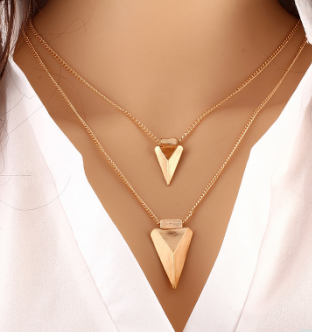Classy Pendent Necklace