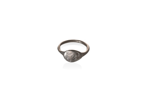 "φως | fos rhodiumplated ""pebble"" ring"