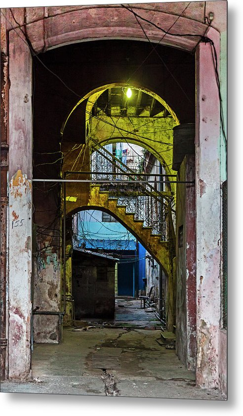 Apartment Entrance Havana Cuba Near Calle C - Metal Print