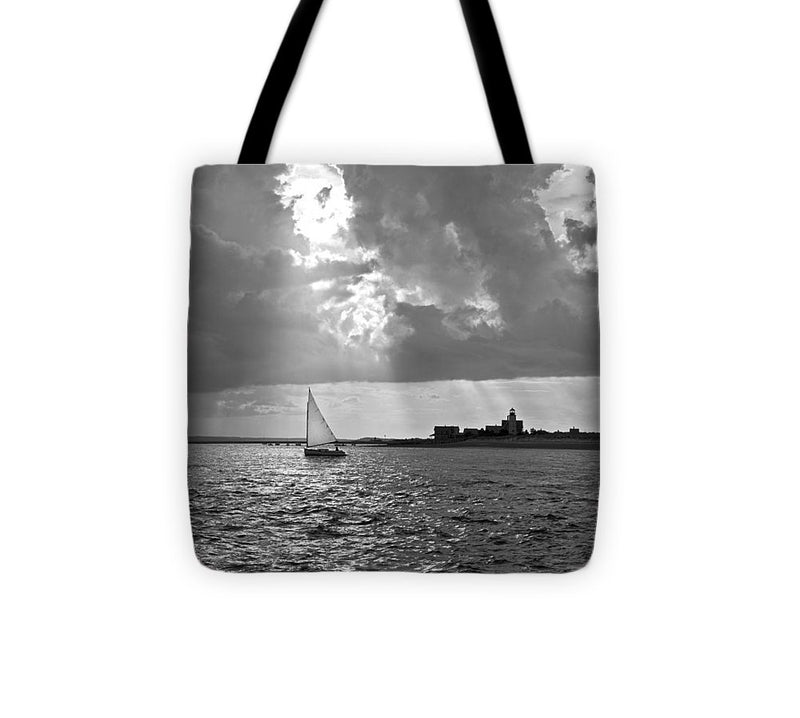 Catboat In Barnstable Harbor - Tote Bag