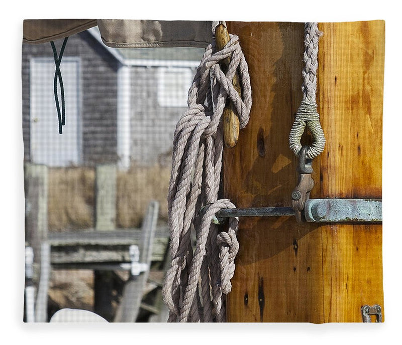Chatham Old Salt Varnished Mast - Blanket