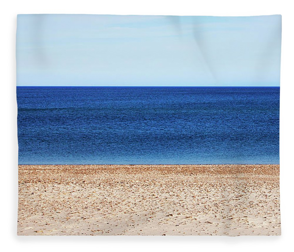 Classic Sandy Beach Scene - Blanket