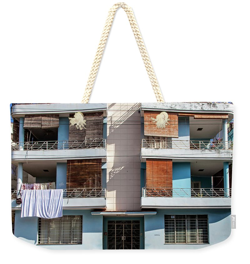 Havana Cuba Apartment Building - Weekender Tote Bag
