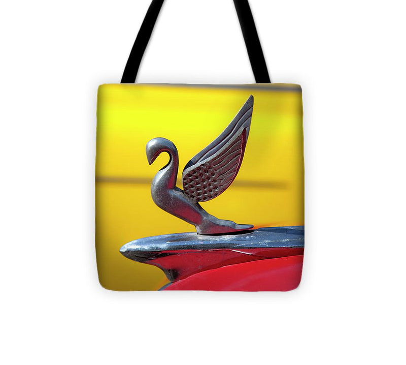 Oldsmobile Packard Hood Ornament Havana Cuba - Tote Bag
