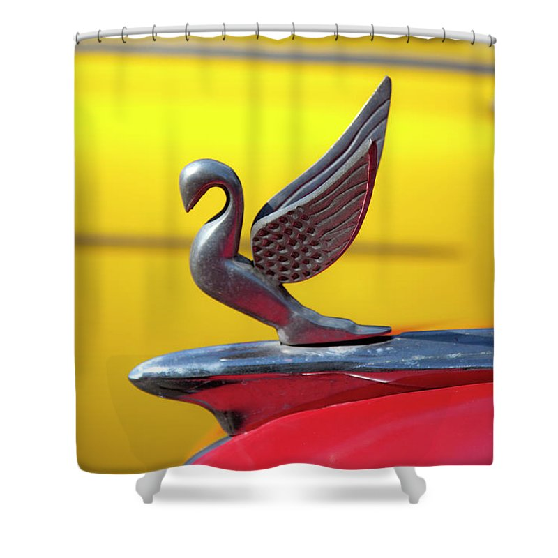 Oldsmobile Packard Hood Ornament Havana Cuba - Shower Curtain