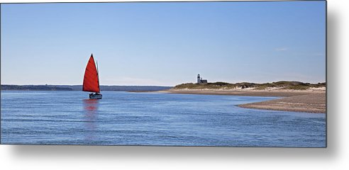 Ripple Catboat With Red Sail And Lighthouse - Metal Print