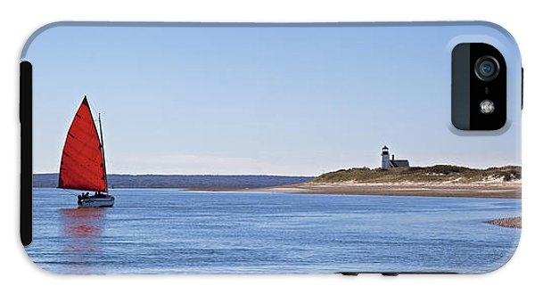 Ripple Catboat With Red Sail And Lighthouse - Phone Case