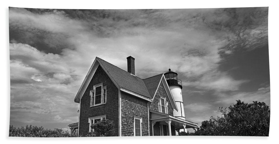 Sandy Neck Lighthouse - Bath Towel