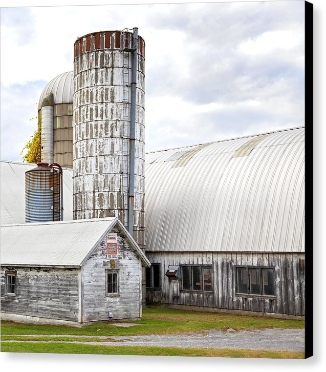 Vermont Farm Near Stowe Cropped - Canvas Print