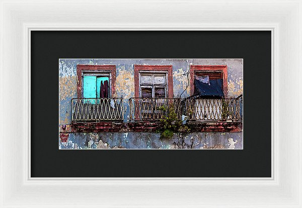 Windows And Ruins At Calle Bernaza Havana Cuba - Framed Print