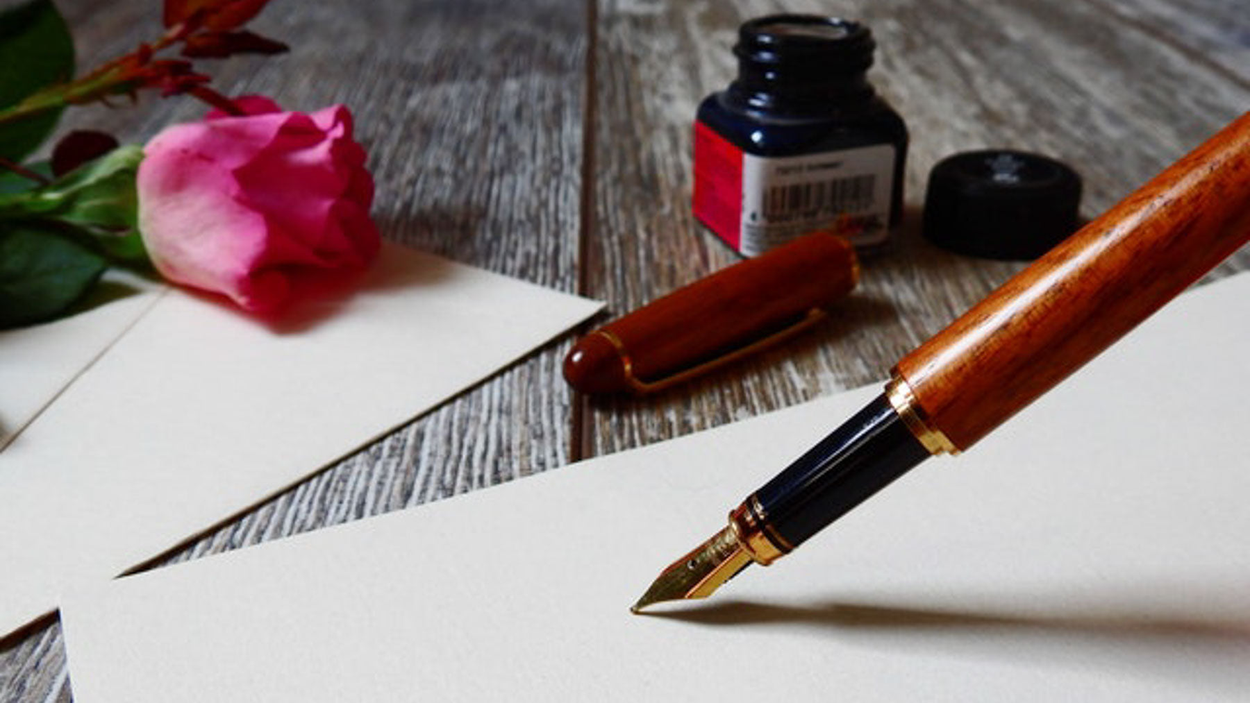 letter writing equipment with a rose