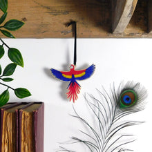 Load image into Gallery viewer, Psittacidae Parrot Wooden Hanging Decoration