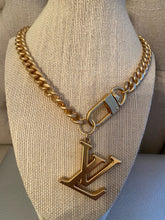 Load image into Gallery viewer, Repurposed Tay Necklace