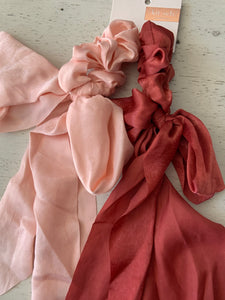 Mauve/Pink Satin Scrunchies