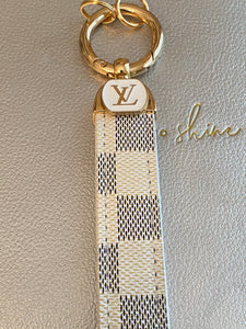 White Checked Keyring