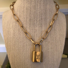 Load image into Gallery viewer, Repurposed Kelsey Necklace