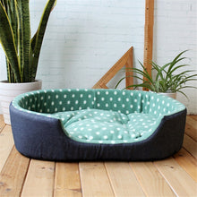 Load image into Gallery viewer, Comfortable Fleece Bed With Removable Cushion