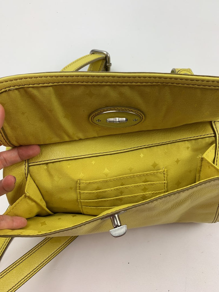 Fossil Women's Yellow Long Live Vintage Zipper Leather Crossbody Size 8X10