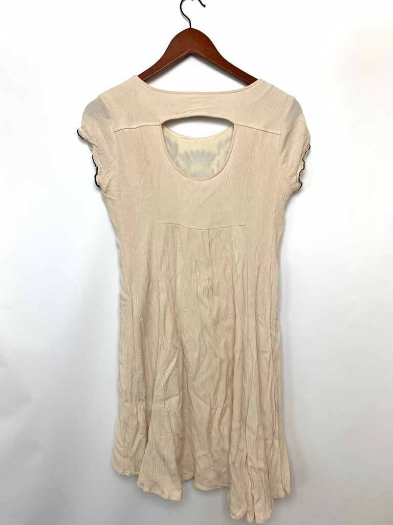 Francesca'S Women's Cream Layers key hole embroidered Mini Dress Size M