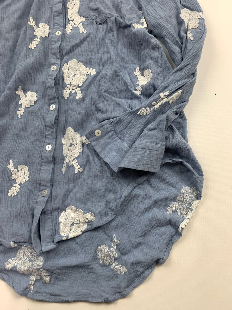 Umgee Women's Blue Floral Chambray Embroider Button Down Shirt Top Size S