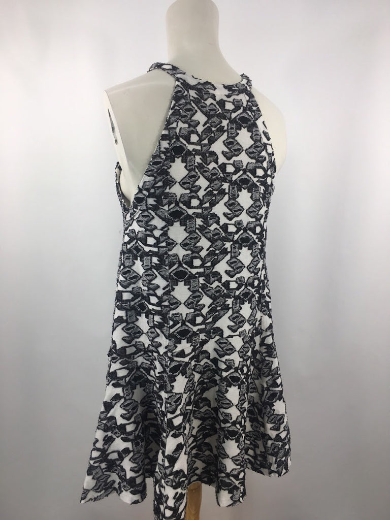 Free People Women's White Black Geometric Textured /W Pockets Dress Size M