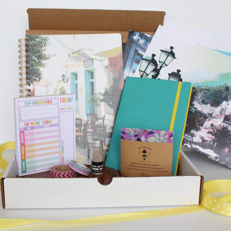 Do Good Paper Co. stationery subscription box - Summer 2020 edition