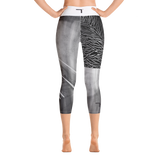 THINK Yoga Capri Leggings B&W 9