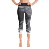 THINK Yoga Capri Leggings B&W 5