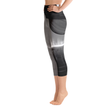 THINK Yoga Capri Leggings B&W 4
