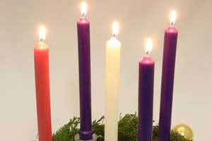 Beautiful Advent Candles this Christmas for Your Family