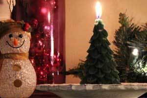 Beeswax Candles for the Holidays - make them Ornamentals