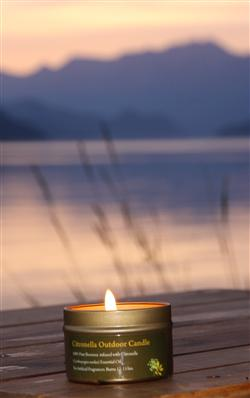 beeswax candle with citronella