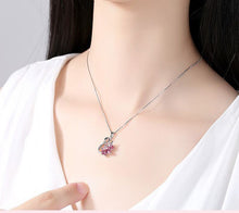 Load image into Gallery viewer, Sterling Silver Swan Necklace