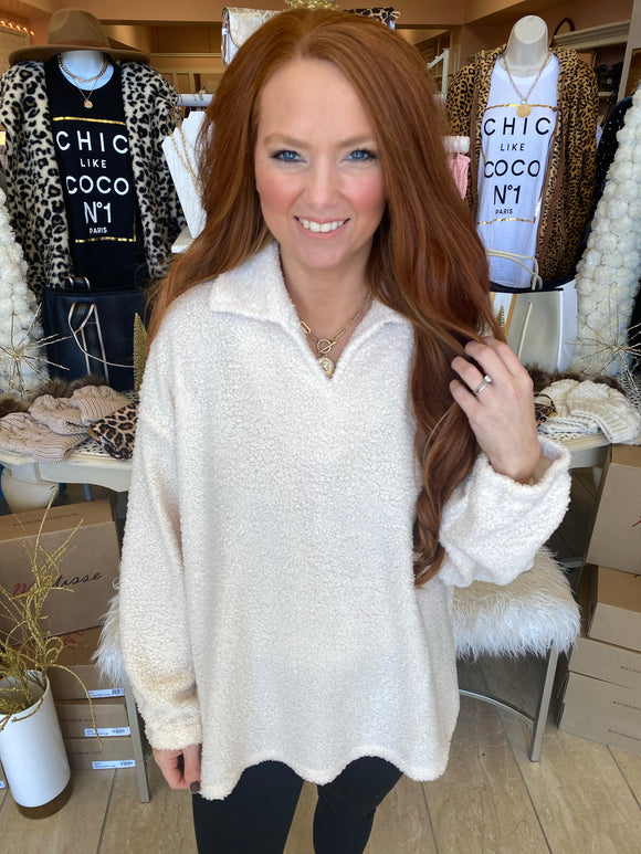 Ivory Casual V-Neck Pullover