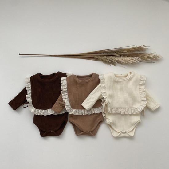 Nala Baby Romper and Frill Bib Set (Cream)