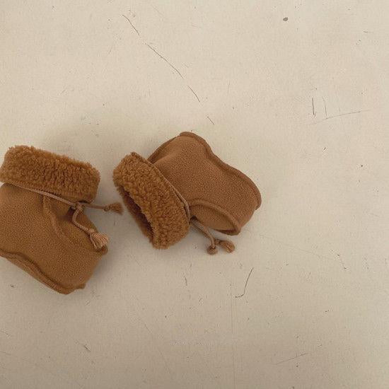 Bella Baby Booties (Toffee)
