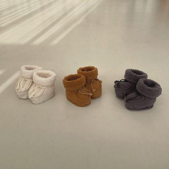 Bella Baby Booties (Cream)