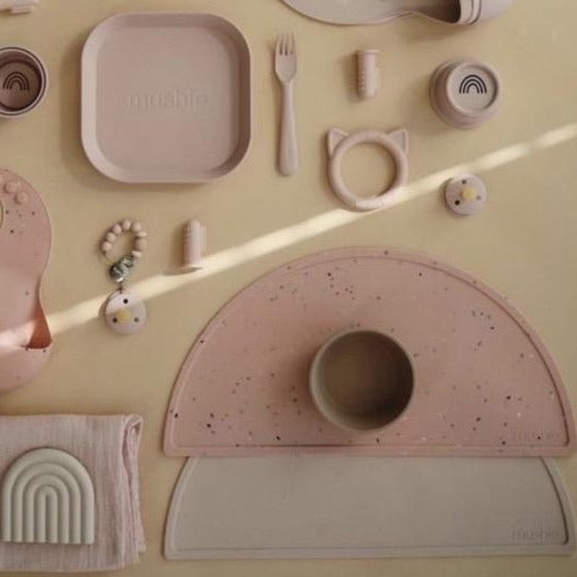 Mushie Silicone Placemat (Powder Pink Confetti)