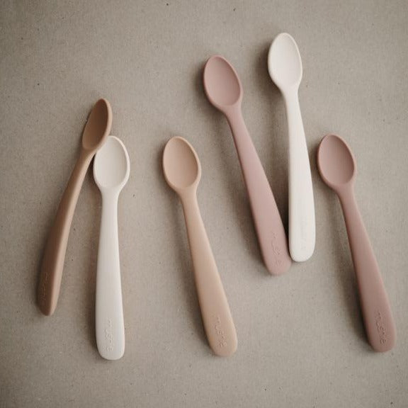 Mushie Silicone Spoon Set (Shifting Sand and Blush)