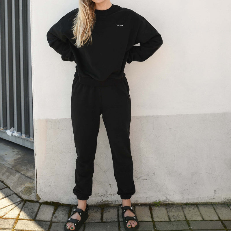 MAMA Woodie Logo Tracksuit Set (Black)